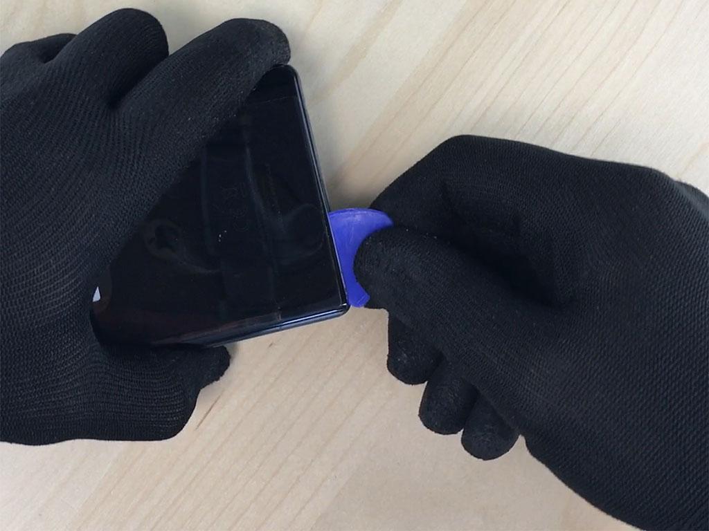 Changer l'écran du Note 9 en enlevant la vitre arrière