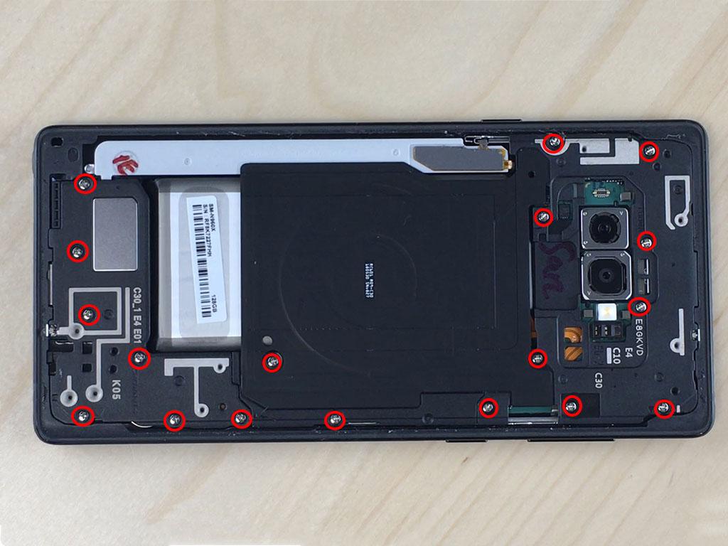 Changer l'écran du Note 9 le cache de la nappe induction