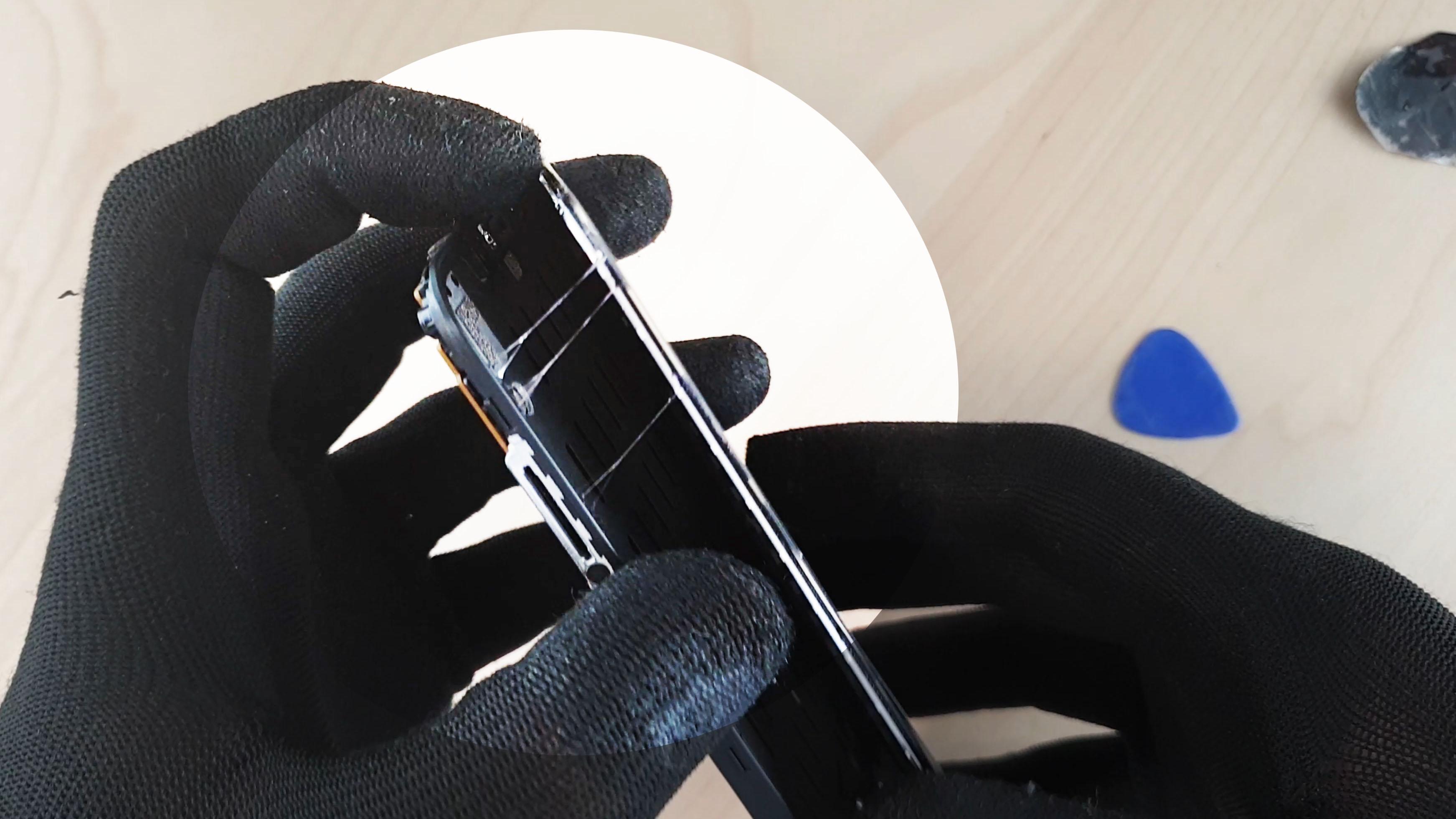 changer l'écran du Pocophone F1 décollage avec la T7000