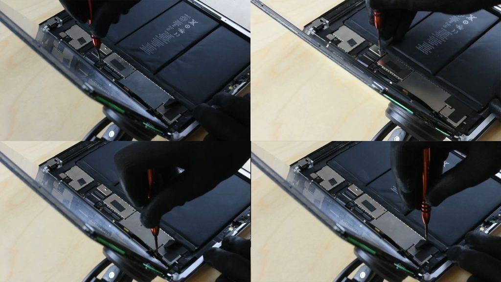 Changer la batterie d'un Ipad en dévissant la carte mère