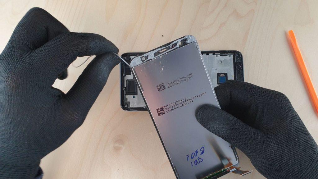 Comment démonter le Samsung J6 sans difficultés - Tutoriel facile